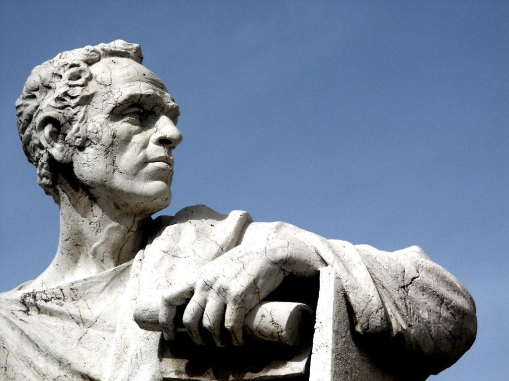 En el Día del Abogado celebramos la importancia de los juristas en la historia